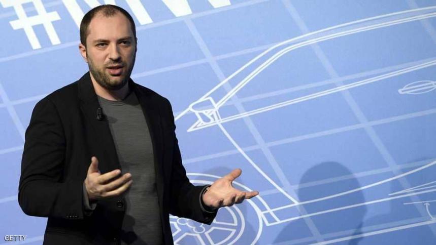 """استقالة مؤسس واتساب من فيسبوك بسبب """"البيانات الشخصية"""""""